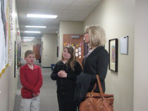 Phoenix Students Give Tours