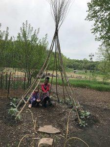 Students at Lauritzen Gardens
