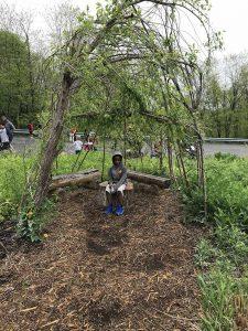 Student at Lauritzen Gardens